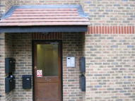 1 bed Flat in Ravenscroft Road...