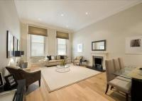 2 bed Flat in Grosvenor Crescent...