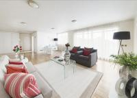 Flat to rent in Grosvenor Place...
