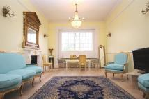2 bed Flat to rent in Ormonde Terrace...