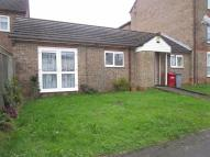 Flat to rent in Penine Road, Slough...