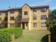 1 bed Flat to rent in Lowestoft Drive...