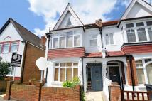 5 bed semi detached house in Broxholm Road, Streatham...