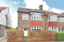 5 bedroom semi detached property in Wavertree Road...