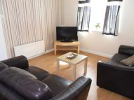 Apartment in 14 Welton Road...