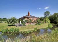 6 bedroom Detached home in Wisborough Green...