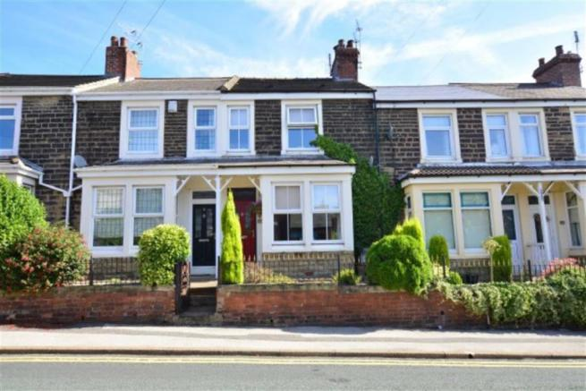 2 bedroom terraced house for sale in carleton road for Perfect kitchen pontefract