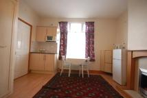 Studio apartment in Benedict Road, Mitcham...