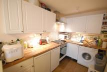 Studio flat in Heathfield Drive...