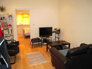 1 bedroom Flat in Grove Rd...