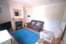 Flat to rent in Cheam Common Road...