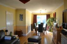3 bed semi detached home to rent in Poplar Farm Close...