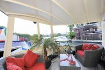 2 bed Detached house for sale in House Boat, Ferry Quays