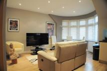 Apartment to rent in Boston Manor Road...