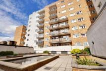 2 bedroom Apartment in Pershore House...