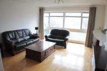 2 bed Apartment in Andover Close, Greenford