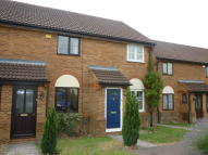End of Terrace house to rent in Cromer Way, Luton, LU2