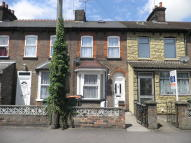 2 bed Terraced home to rent in Great Northern Road...