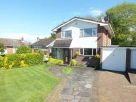 4 bedroom Detached house in Beechwood Avenue...