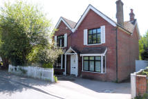3 bedroom Detached house in Headley Road, Liphook