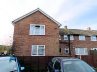 2 bed Ground Flat to rent in The Mead, Liphook