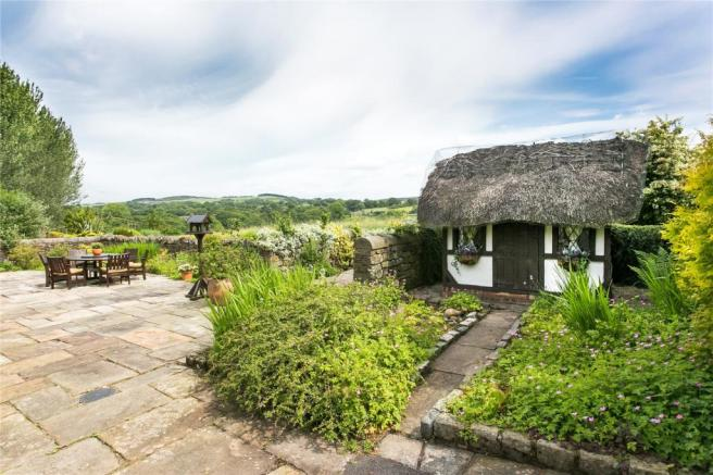 Thatched Wendy House