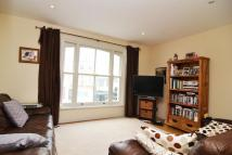 3 bed Apartment in Battersea Rise, SW11