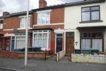 2 bed Terraced property to rent in Reginald Road