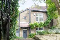 3 bed home for sale in WestGrove Lane, London