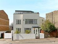 4 bedroom house for sale in Eliot Place, London