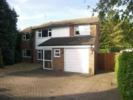 4 bedroom Detached house in Bookham