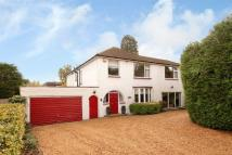 Detached house in Bookham