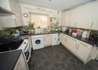 semi detached house to rent in Hamlyn Close, Taunton...