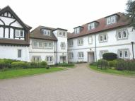 2 bedroom Apartment in Bushey