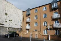 Apartment to rent in Mariners Quay Brighton...