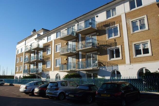2 Bedroom Apartment To Rent In Britannia Court Brighton Marina Village Bn2 Bn2