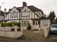 3 bed home in Little Bushey Lane...