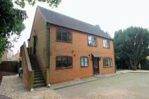 2 bedroom Apartment in Chapel Road...