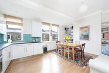 2 bed Flat in Fermoy Road, London, W9
