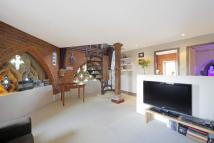 1 bedroom Flat in Simon Court...