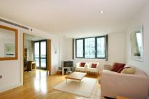 Flat to rent in Sheldon Square, London...