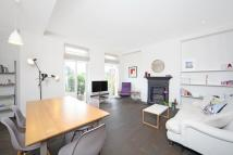 3 bed Flat in Cunningham Court...