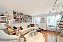 3 bed house in Ashbridge Street, London...