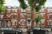 Flat to rent in Sutherland Avenue...