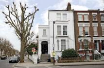 Studio flat in Marylands Road, London...