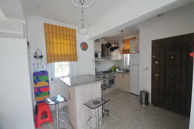 Kitchen/EntranceDoor