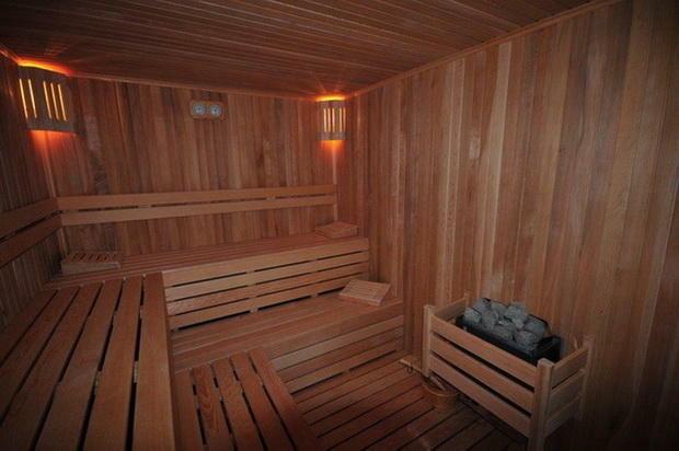 Evergreen sauna