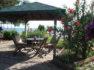 Yaniklar beach cafe