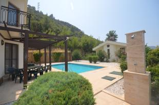 BBQ/Poolside terrace