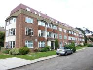 2 bed Flat for sale in North Cheam